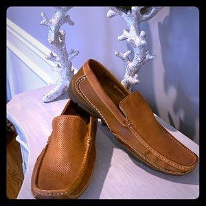 Steve Madden Mens leather grab loafers. Pristine